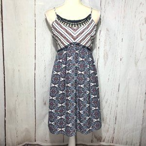 CHARLOTTE RUSSE SLEEVELESS MIDI FLORAL DRESS M NEW